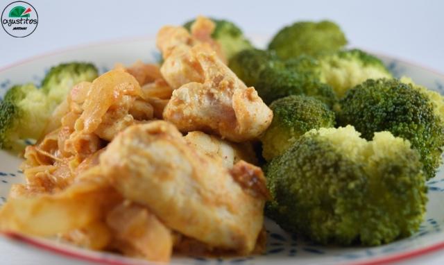 Brocoli vapor + pollo salsa almendras fitness light AGUSTITOS